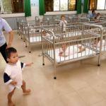 Việt Nam bắt đầu lại chương trình người Mỹ nhận con nuôi