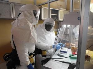 bs-bs-hs-p5-ebola-vaccine-work-jpg-20140801