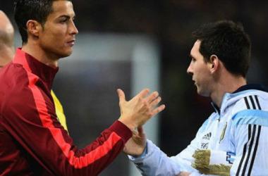 Van Gaal: 'Messi, Ronaldo không xứng đáng đoạt Quả bóng Vàng'