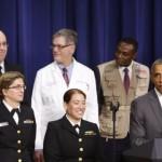 Mỹ rút nhân viên ứng phó Ebola về nước