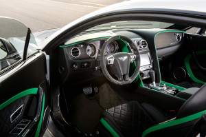 2015-bentley-continental-gt3-r-dashboard