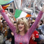 Cử tri Ireland chấp thuận hôn nhân đồng tính