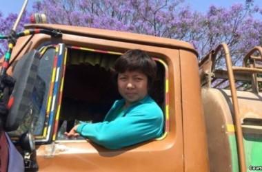 Cô dâu Việt sát cánh giúp thảm họa động đất Nepal