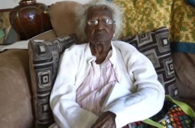 Người già nhất thế giới mừng sinh nhật thứ 116