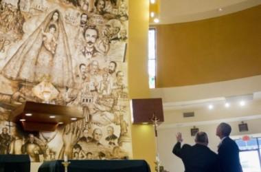 Tổng thống Obama bất ngờ đến thăm nhà thờ của người gốc Cuba ở Miami
