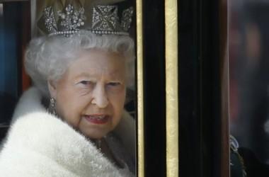 Nữ hoàng Elizabeth đặt ra nghị trình chính phủ trong bài diễn văn