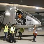 Máy bay năng lượng mặt trời Solar Impulse 2 ngừng bay quanh thế giới