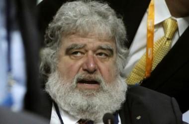 FIFA cấm cửa quan chức nhận hối lộ