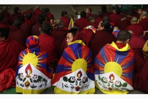 tibetan_monks.jpg.size_.xxlarge.letterbox