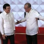 Việt Nam, Philippines 'Gác tranh chấp, chống Trung Quốc'