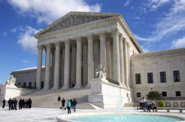 Tòa Bạch Ốc chống án lên Tòa án Tối cao về vấn đề di trú