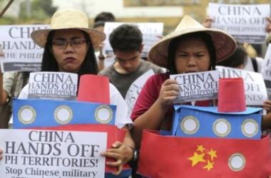 Philippines chờ phán quyết Tòa Quốc Tế về vụ kiện Trung Quốc