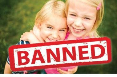 Trường tiểu học Geelong West cấm học sinh ôm nhau