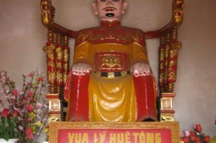 Chuyện Hoàng Đế Việt bị cướp