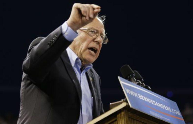 Ông Sanders ghi công việc hình thành cương lĩnh đảng Dân chủ