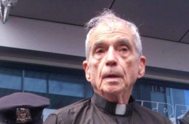 Linh mục Daniel Berrigan Leader phong trào phản chiến Việt nam qua đời