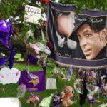 Hoàng tử nhạc Pop Prince chết vì dùng thuốc giảm đau quá liều
