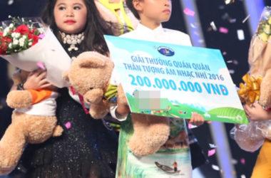 Cậu bé hát rong Hồ Văn Cường chiếm giải nhất Vietnam Idol Kids