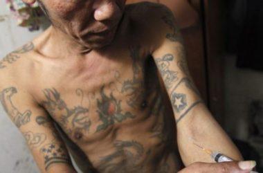 Hàng trăm người nghiện 'phá trại' ở Việt Nam