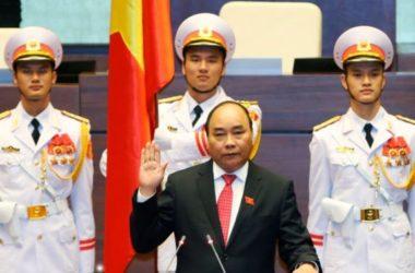 Thủ Tướng Nguyễn Xuân Phúc mong Việt kiều giúp quê hương