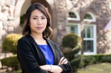 Con đường dẫn đến thành công vào Hạ Viện Mỹ của dân biểu gốc Việt Stephanie Murphy