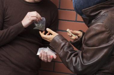 Kẻ buôn ma túy Sydney giết người trước mặt vị hôn thê