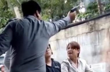 VN bắt giám đốc dùng súng thị uy phụ nữ