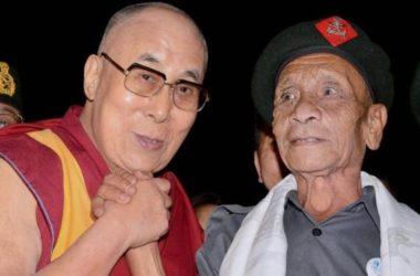 Ấn Độ – Guwahati: Lần Hội Ngộ Sau 58 Năm Của Đạt Lai Lạt Ma Và Naren Chandra Das
