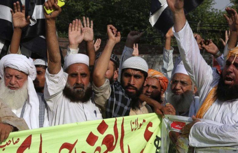 Tài chính cạn kiệt, Nhà Nước Hồi giáo ngày càng bế tắc