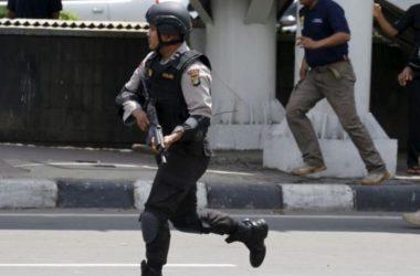 Nghi can chiến binh đâm chết cảnh sát Indonesia