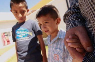Hàng ngàn trẻ em di dân bất hợp pháp đến Mỹ bị chia cắt với cha mẹ