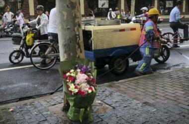 Xe đụng vào đám đông ở Trung Quốc 6 người chết