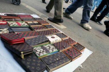 Trung Quốc phá đường dây bán hàng hiệu 'nhái'