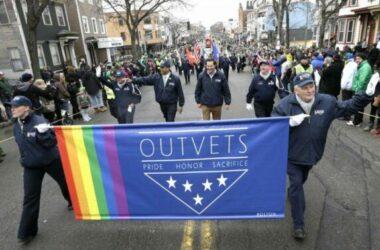 Ngũ Giác Đài giới hạn số người chuyển giới phục vụ trong quân đội