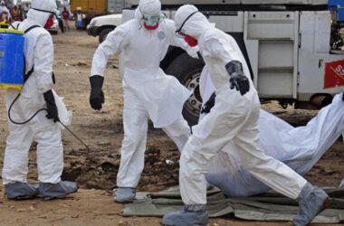 Bệnh nhân Ebola chống chọi nguy cơ bị mù lòa