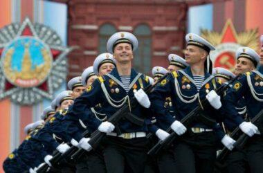 Putin: Quân đội Nga sẽ tăng cường sức mạnh