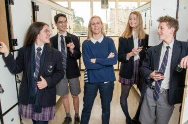 Các trường công lập ở Victoria sẽ cấm học sinh sử dụng điện thoại