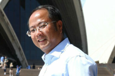 Văn phòng Thuế Australia quyết buộc tỉ phú Huang nộp thuế 140 triệu USD.
