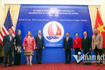 Việt-Mỹ kỷ niệm 25 năm quan hệ ngoại giao