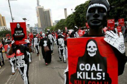 Khí hậu: Điện than lần đầu tiên giảm !