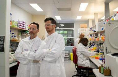 Úc sản xuất thành công vắc-xin Covid -19 bằng công nghệ mới nhất