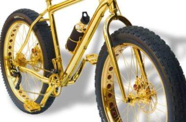 Chóe mắt xe đạp leo núi bằng vàng giá 1 triệu đô với 600 hạt kim cương