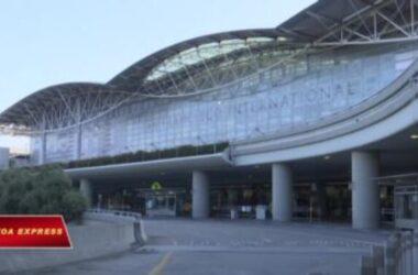 VN: Chuyến bay đưa người Việt từ Mỹ về bị hoãn do 'thủ tục phía Mỹ'